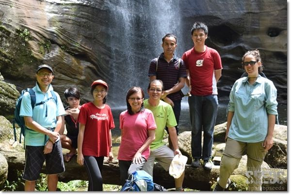 Backyard Tour group photo with Backyard Tour Malaysia