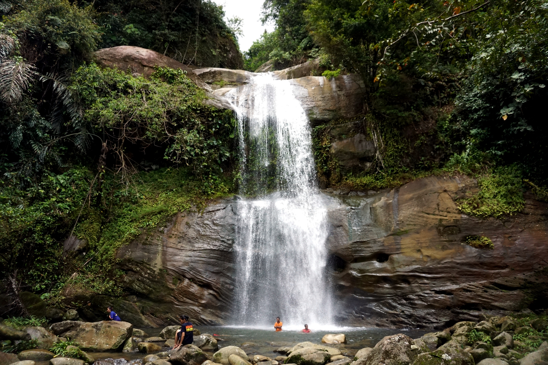 Ban Buan Kukuot Fall in Kuching with Backyard Tour Malaysia